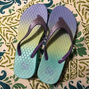 Mermaid slippers - size 7/8 lightly used